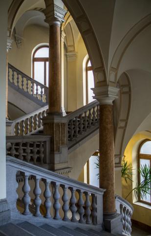 Lépcsőházi ritmus